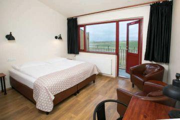 Comfortzimmer mit Aussicht im Gästehaus Langaholt, Island