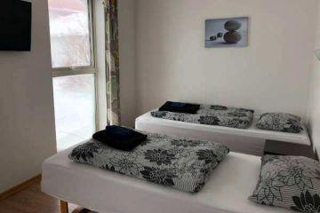 Standardzimmer Bauerngasthof Heydalur auf Ihrer individuellen Island Rundreise